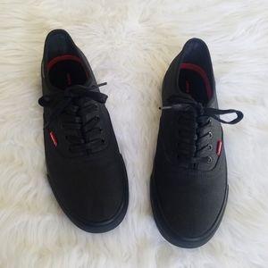 Levi's mens black low top sneakers